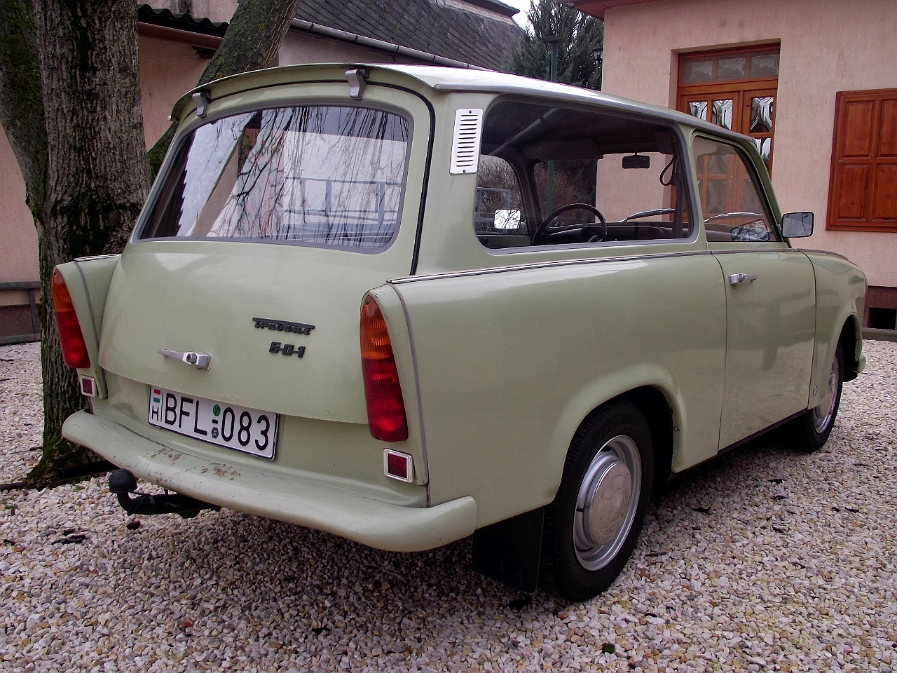 trabant cars news videos images websites wiki. Black Bedroom Furniture Sets. Home Design Ideas